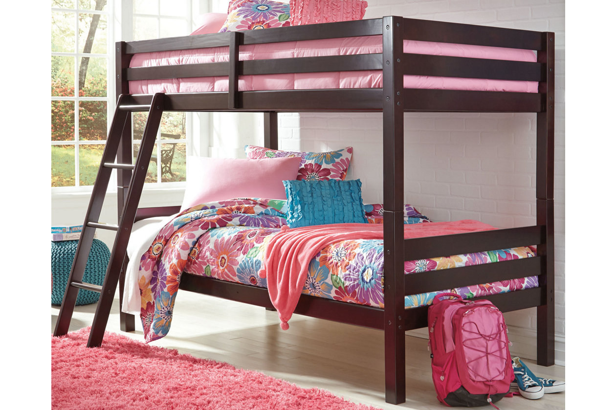 Ashley Furniture Halenton Twin/Twin Bunkbed