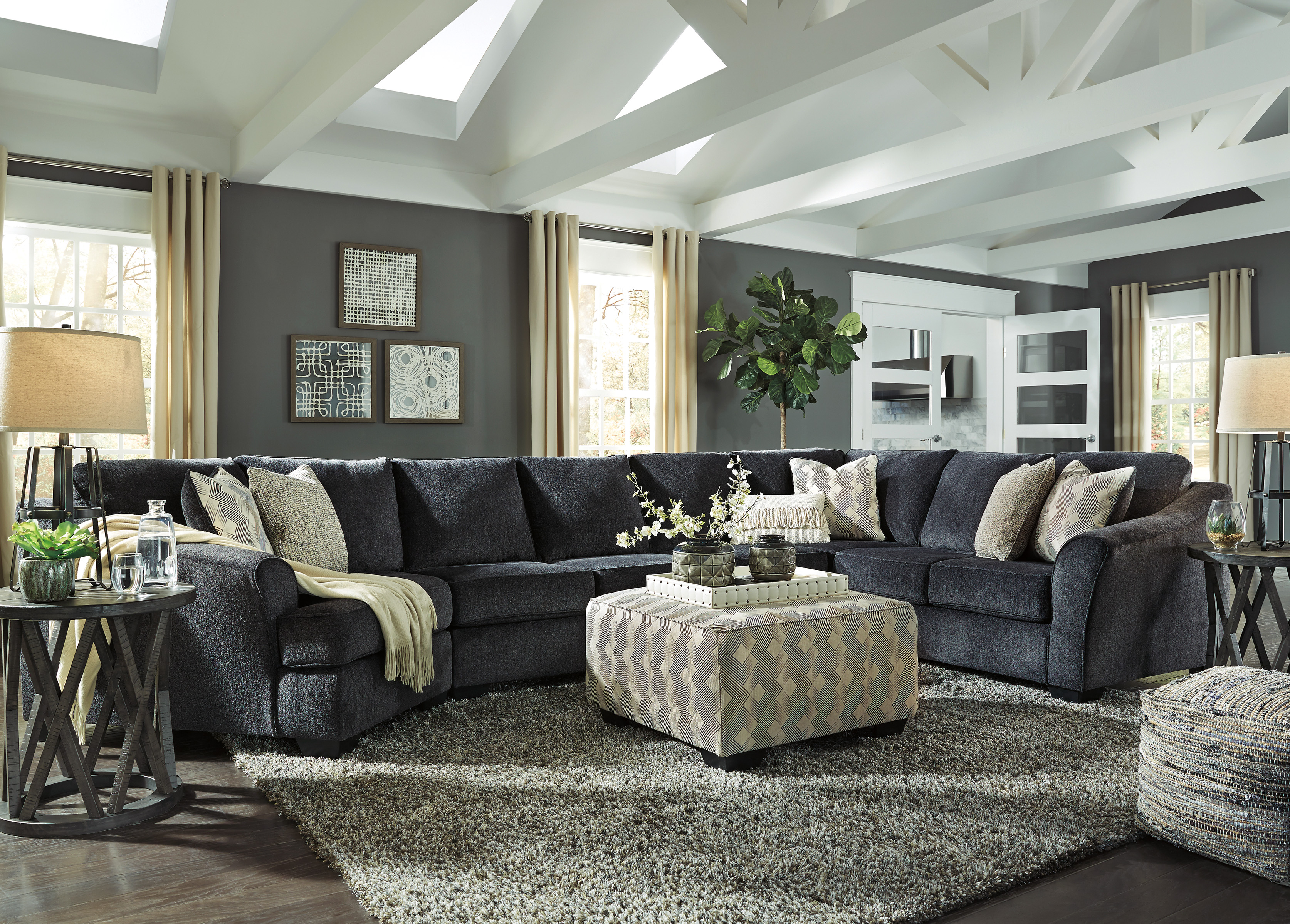 Ashley Furniture Eltmann
